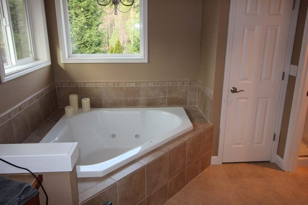Remodeling Contractor Martha Lake WA